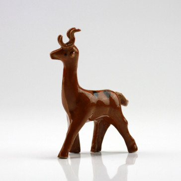 "Bonsaifigur ""Hirsch"", Keramikfigur Sikahirsch"