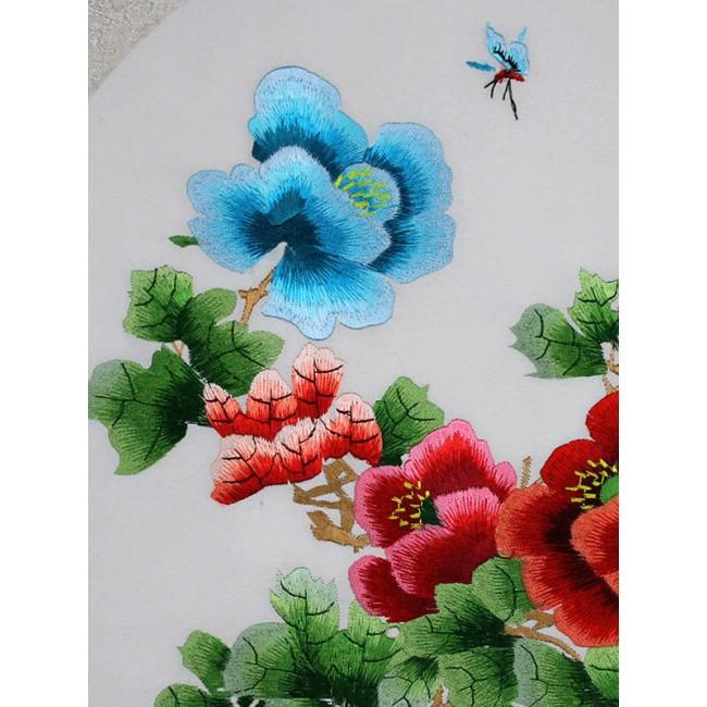 stickbild bunte pfingstrosen und schmetterlinge chinesisches bild aus suzhou. Black Bedroom Furniture Sets. Home Design Ideas