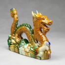 Chinesischer Feng Shui Drache mit Drachenperle, Tang-Keramik