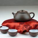 Yixing Tonkanne mit Tassen