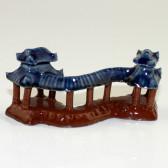 "Bonsai-Figur ""Wandelgang im Sommerpalast"", Keramik"