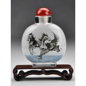 "Snuff Bottle ""Stürmische Pferde"", Xu Beihong"