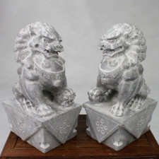 Fu-Hunde Steinskulpturen Wächterlöwen Paar