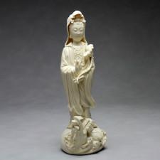 Chilian Guanyin Porzellanfigur