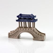 Chinesische Pavillonbrücke, Pflanzendekoration