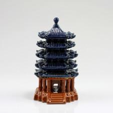 Asiatische Keramik-Pagode, Gartendekoration