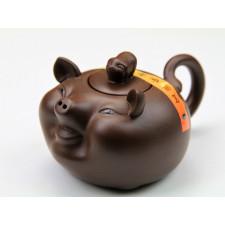 """Yixing Teekanne """"Chinesische Tierkreiszeichen – Das Schwein"""""""