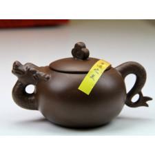 """Yixing Teekanne """"Chinesische Tierkreiszeichen – Der Drache"""""""