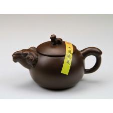 """Yixing Teekanne """"Chinesische Tierkreiszeichen – Das Schaf"""""""