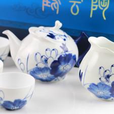 Porzellan-Teekanne blau-weiß