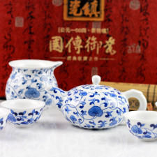 """Teeservice """"Kaiser-Lotus"""", chinesisches Porzellan blau-weiß"""
