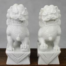 Fu-Hunde Stein-Figuren weiß