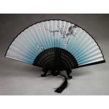 """Chinesischer Handfächer """"Winterblüte"""" (eisblau, schwarzer Schaft), Klappfächer"""