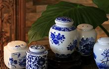 Chinesische Teedosen aus Porzellan